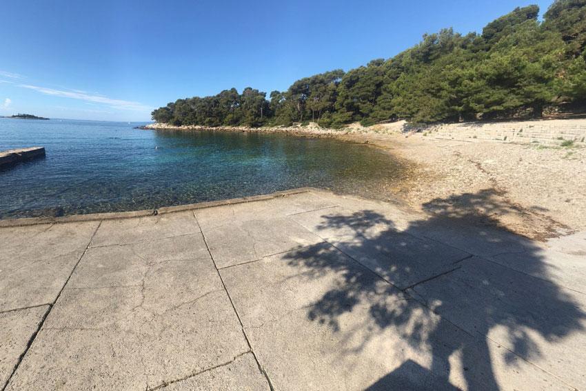 Škaraba-Beach-Rovinj-Croatia