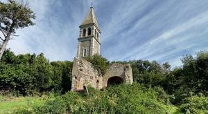Church-of-Saint-Ivan-Island-Rovinj-Croatia