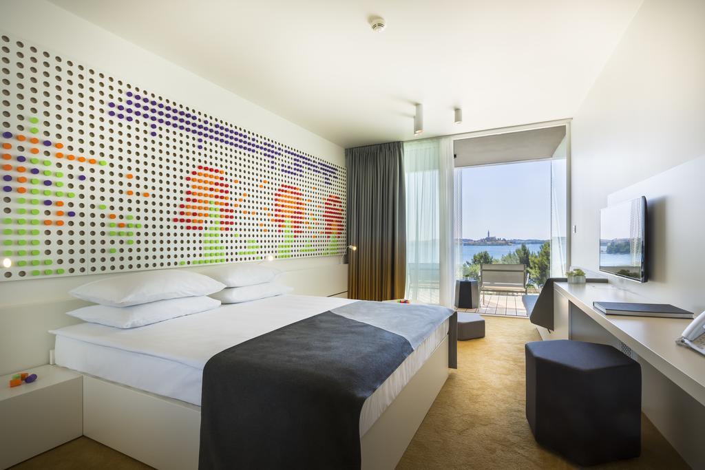 Family Hotel Amarin Rovinj Room Accommodation